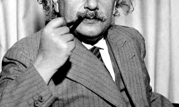 Što je zajedničko Einsteinu i potpunoj pomrčini Sunca? Pa opća teorija relativnosti, naravno!